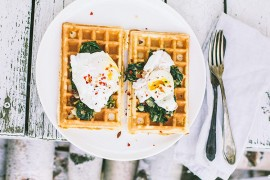 waffles recipe with poached egg, gofry